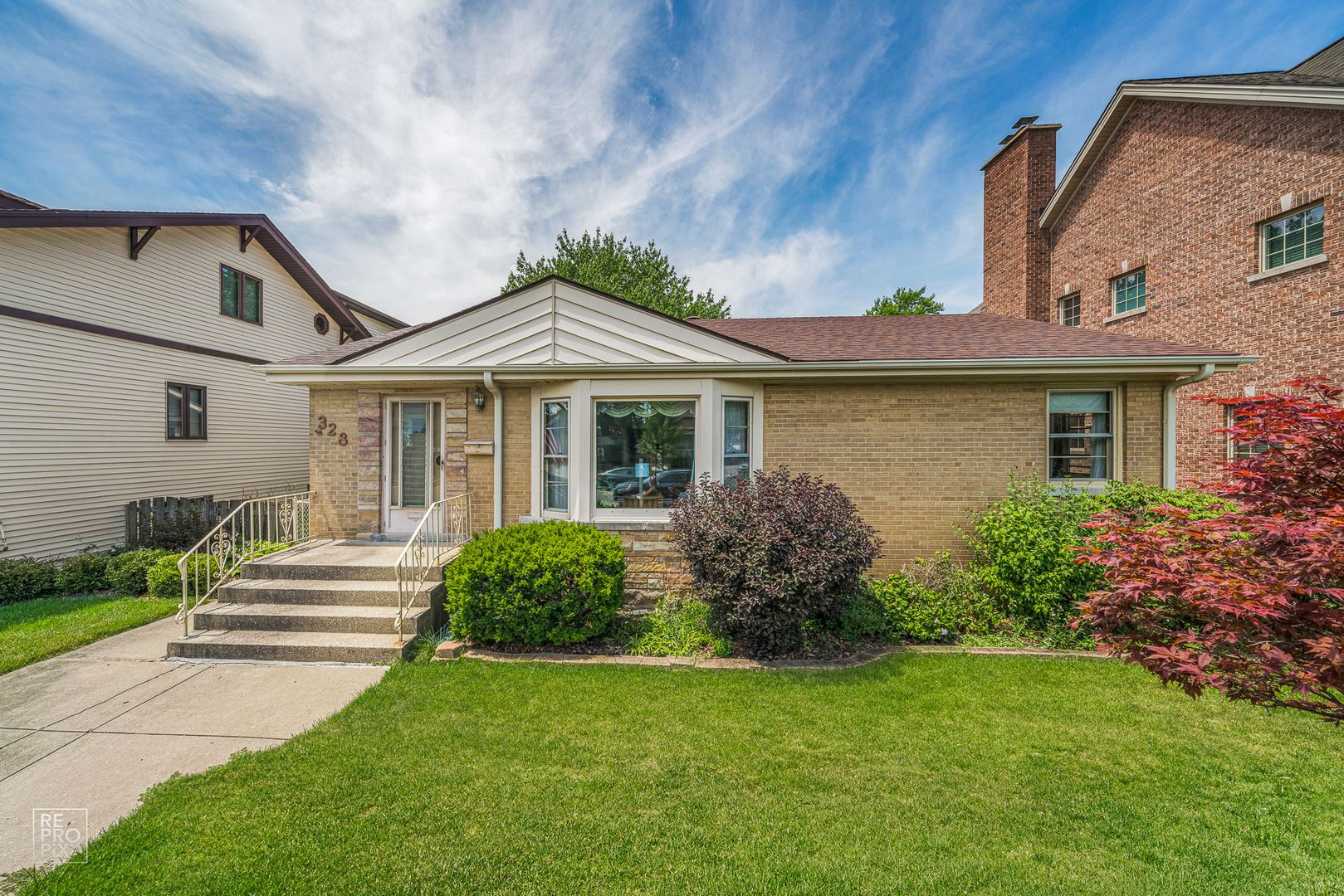 328 S GREENWOOD Avenue, Park Ridge, IL 60068 - #: 10780502