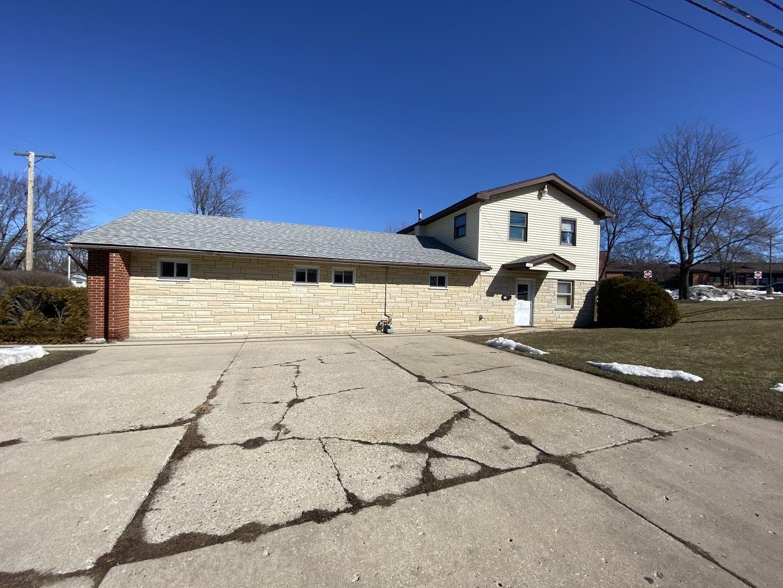 1701 Papoose Road, Carpentersville, IL 60110 - #: 11015505