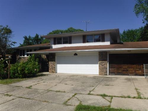 Photo of 19224 Oakwood Avenue, Lansing, IL 60438 (MLS # 10942507)