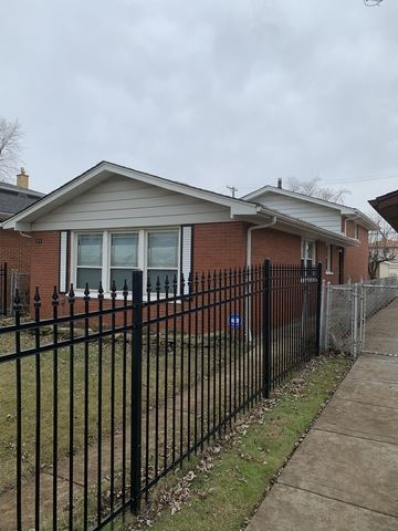 Tiny photo for 11524 South Carpenter Street, Chicago, IL 60643 (MLS # 10585508)