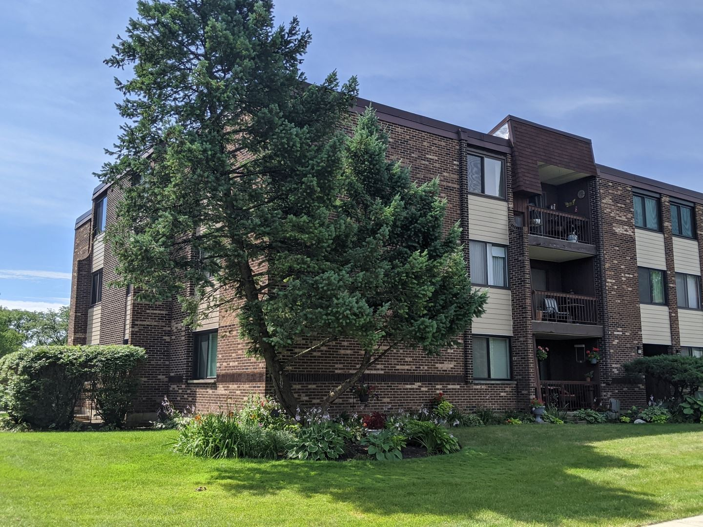 460 Raintree Court #460-1A, Glen Ellyn, IL 60137 - #: 10789508