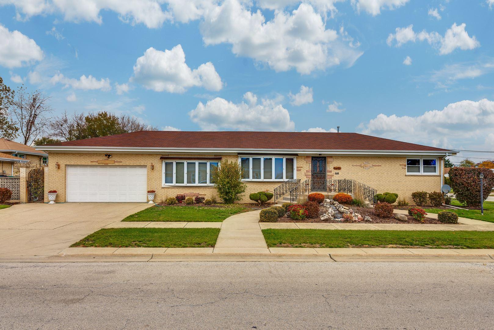 9000 Oleander Avenue, Morton Grove, IL 60053 - #: 11200512