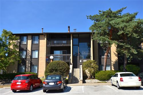 Photo of 6180 Knoll Lane Court #303, Willowbrook, IL 60527 (MLS # 10849515)
