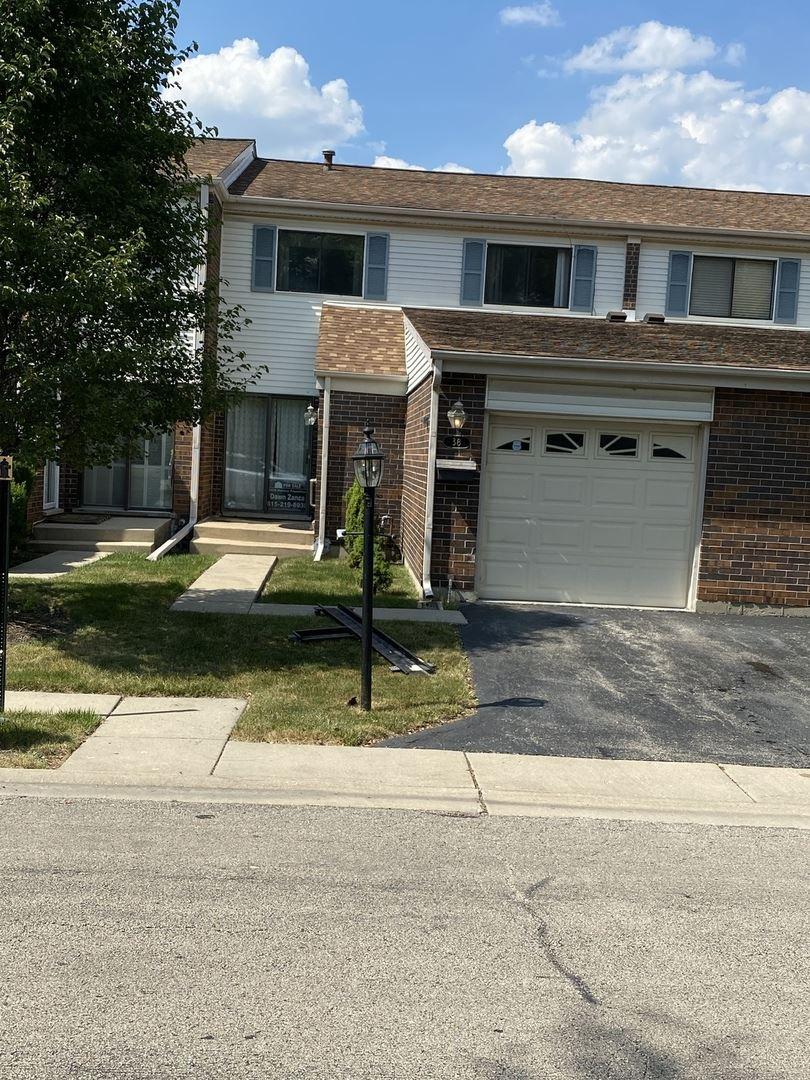 38 W Wimbolton Drive, Mount Prospect, IL 60056 - #: 10754519