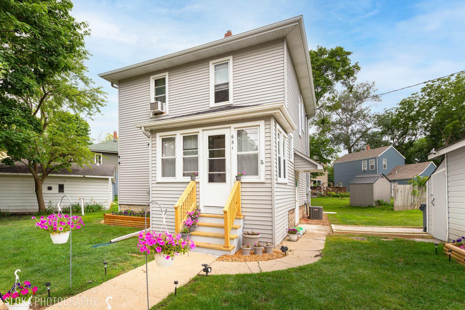 631 Queen Anne Street, Woodstock, IL 60098 - #: 11163519