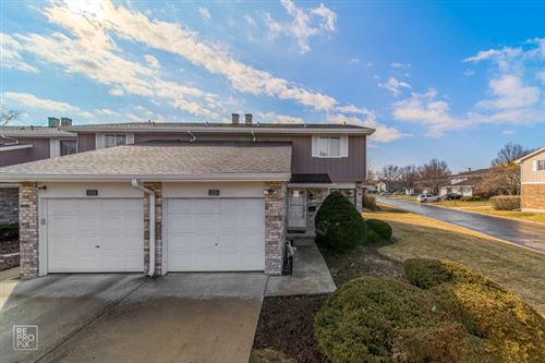 Photo of 1224 Reading Court, Wheaton, IL 60189 (MLS # 10706521)