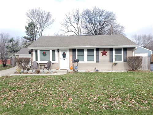 Photo of 438 W Margaret Terrace, Cary, IL 60013 (MLS # 10942521)