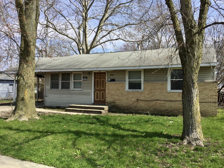 1202 N Mckinley Avenue, Champaign, IL 61821 - #: 10684521