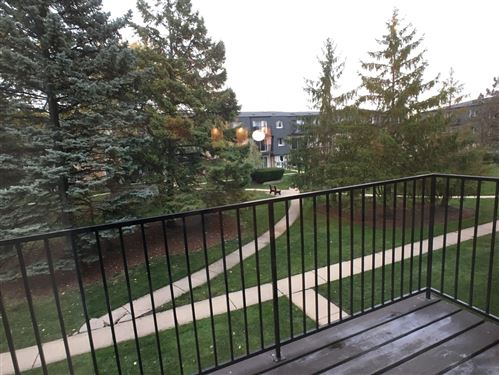 Tiny photo for 9458 Bay Colony Drive #2N, Des Plaines, IL 60016 (MLS # 10970522)