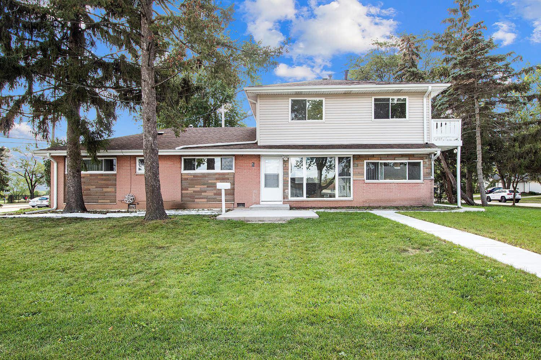 5 Des Plaines Lane, Hoffman Estates, IL 60169 - #: 11236524