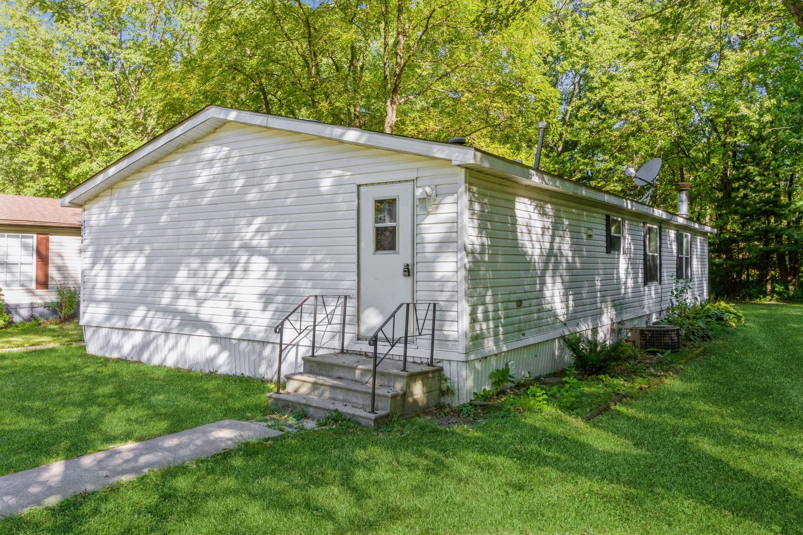 4548 Harris Drive, Poplar Grove, IL 61065 - #: 11228527