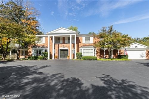 Photo of 820 E Westminster Road, Lake Forest, IL 60045 (MLS # 11253528)