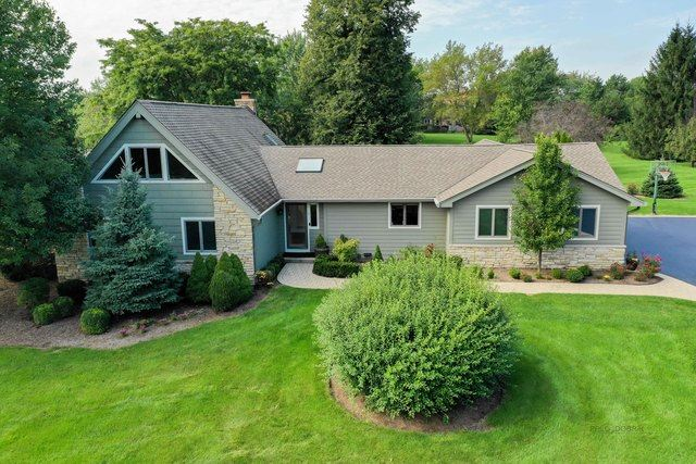 7 Lake View Road, Hawthorn Woods, IL 60047 - #: 10517531
