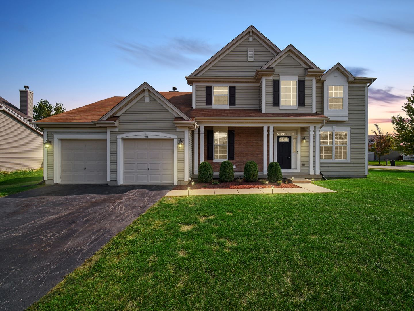 Photo of 401 COTONEASTER Court, Oswego, IL 60543 (MLS # 10860532)