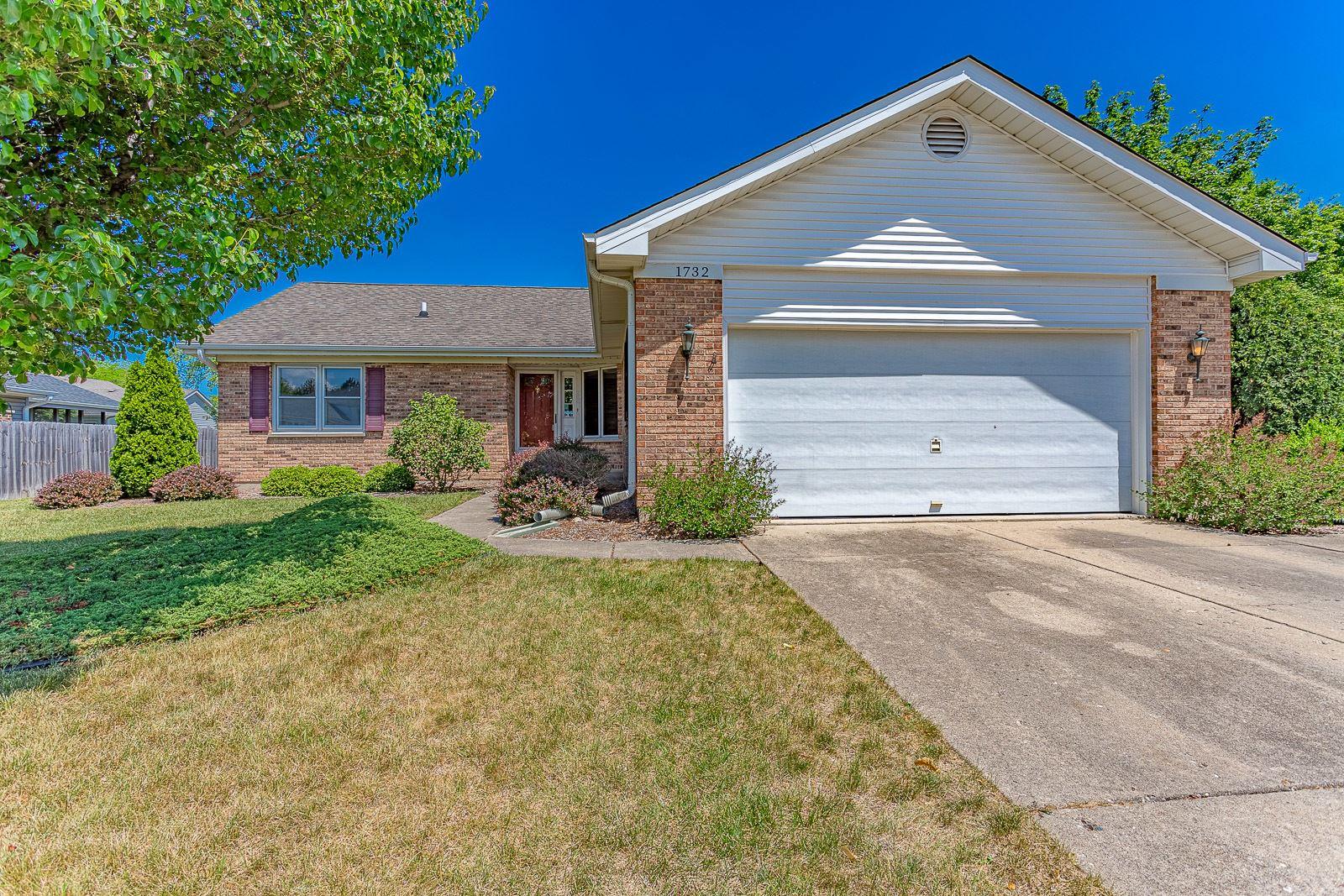 1732 Roosa Lane, Elk Grove Village, IL 60007 - #: 11074532