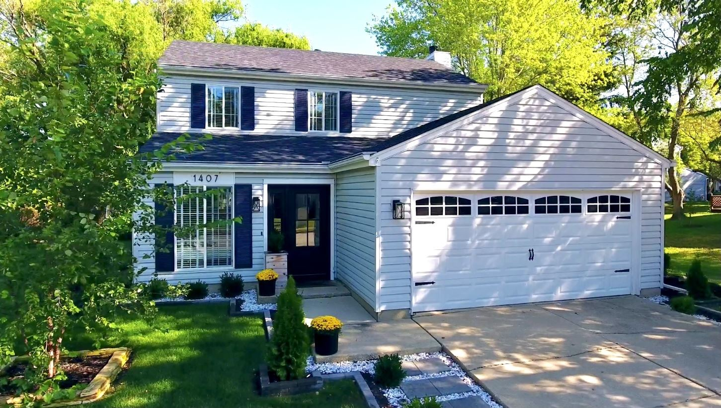Photo of 1407 Canyon Run Road, Naperville, IL 60565 (MLS # 11254533)