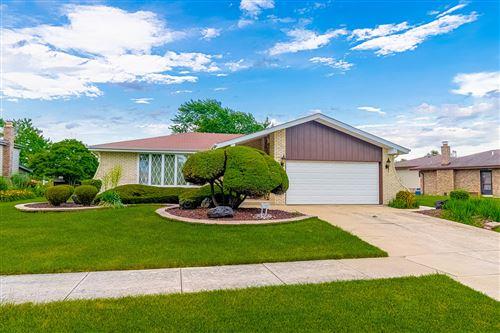 Photo of 15329 Sunset Ridge Drive, Orland Park, IL 60462 (MLS # 10768534)