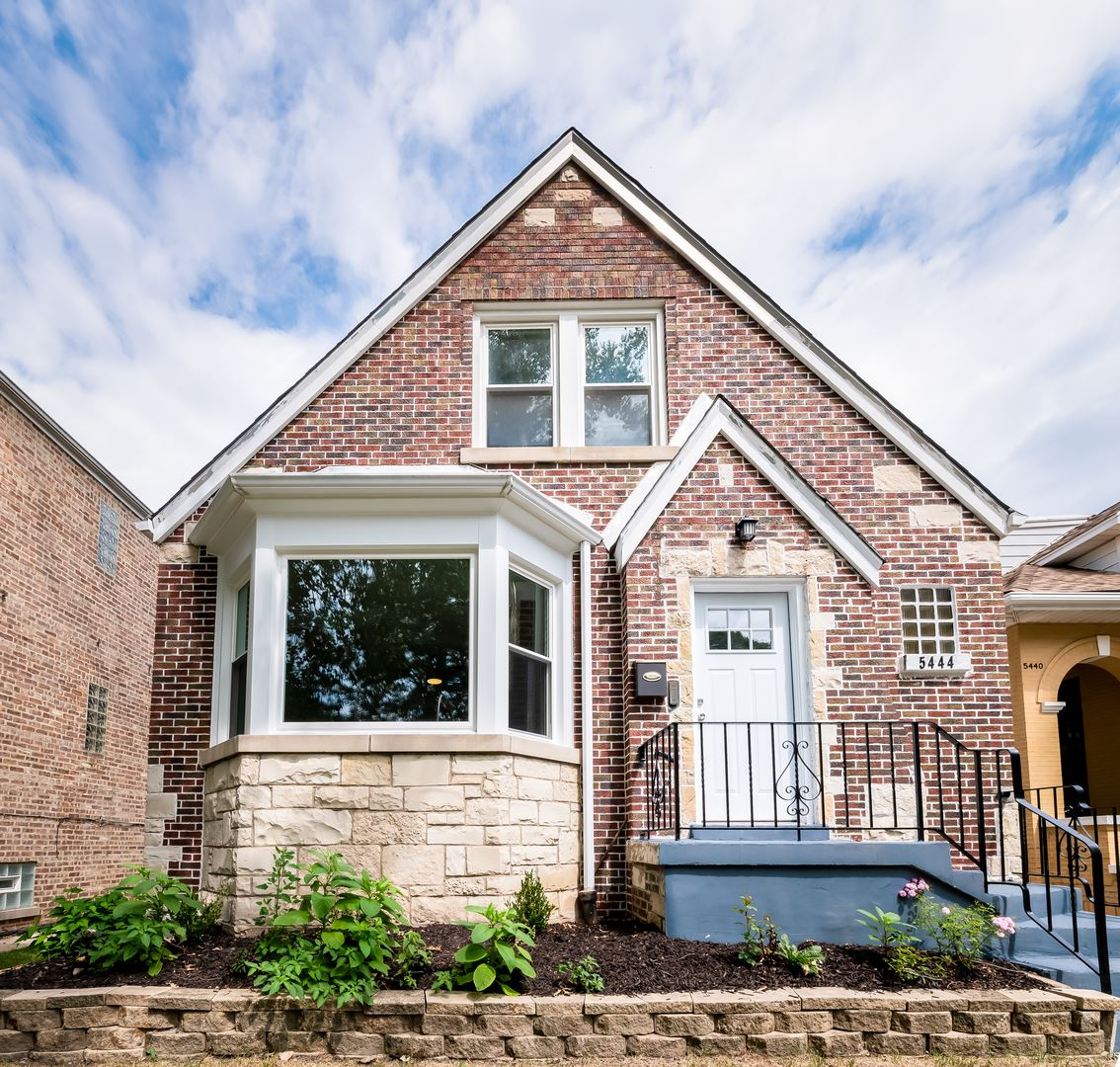 5444 W Cornelia Avenue, Chicago, IL 60641 - #: 10756534
