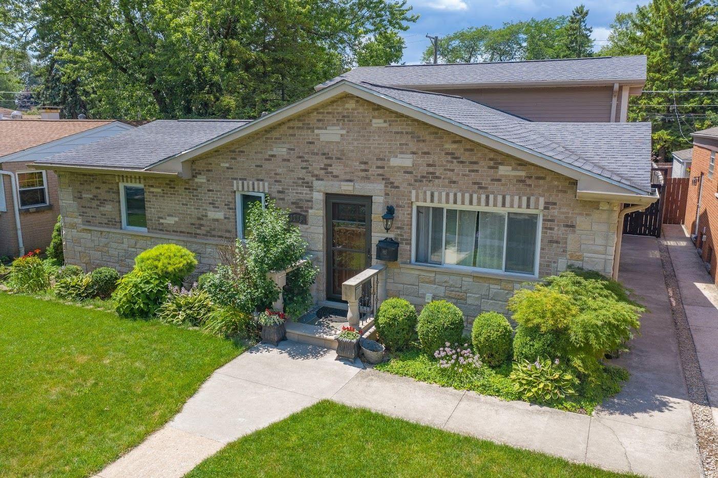 1716 Illinois Street, Des Plaines, IL 60018 - #: 10807536