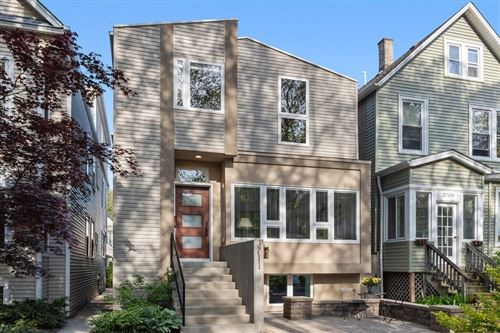 Photo of 3711 N Hermitage Avenue, Chicago, IL 60613 (MLS # 11091539)