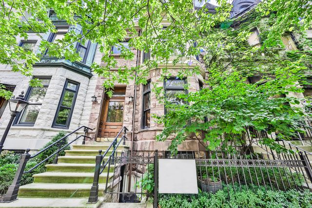 421 W ROSLYN Place, Chicago, IL 60614 - #: 10709539