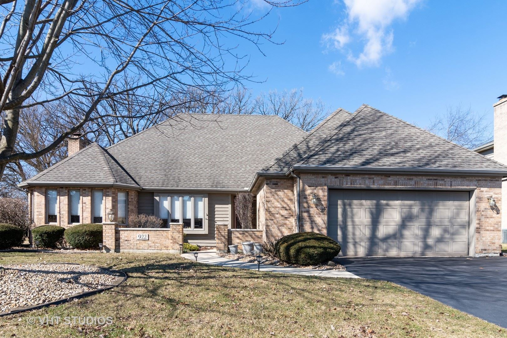922 Willow Creek Road, West Chicago, IL 60185 - #: 10657541