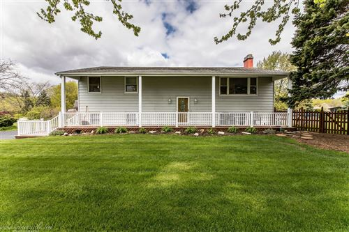 Photo of 1441 Prairie Estate Drive, New Lenox, IL 60451 (MLS # 10715545)