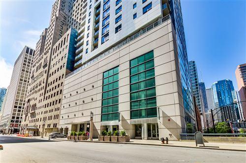 Photo of 160 E Illinois Street #2405, Chicago, IL 60611 (MLS # 10984545)