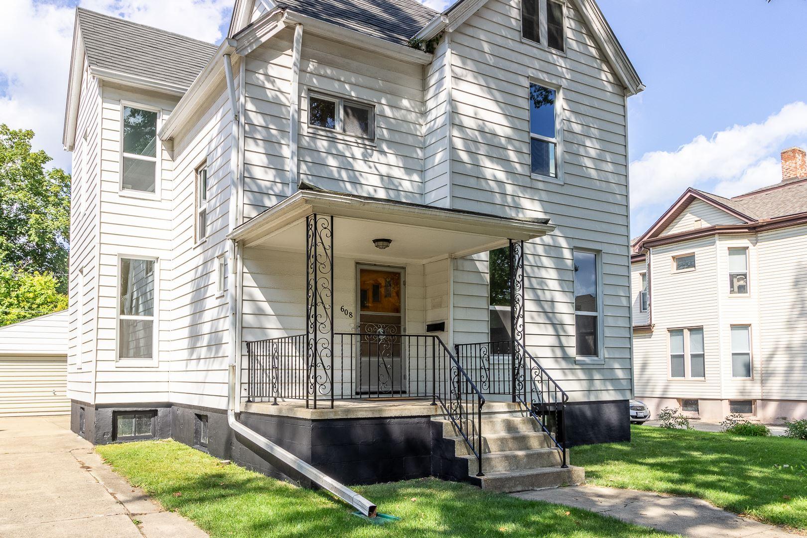 608 E Washington Street, Bloomington, IL 61701 - #: 11190545