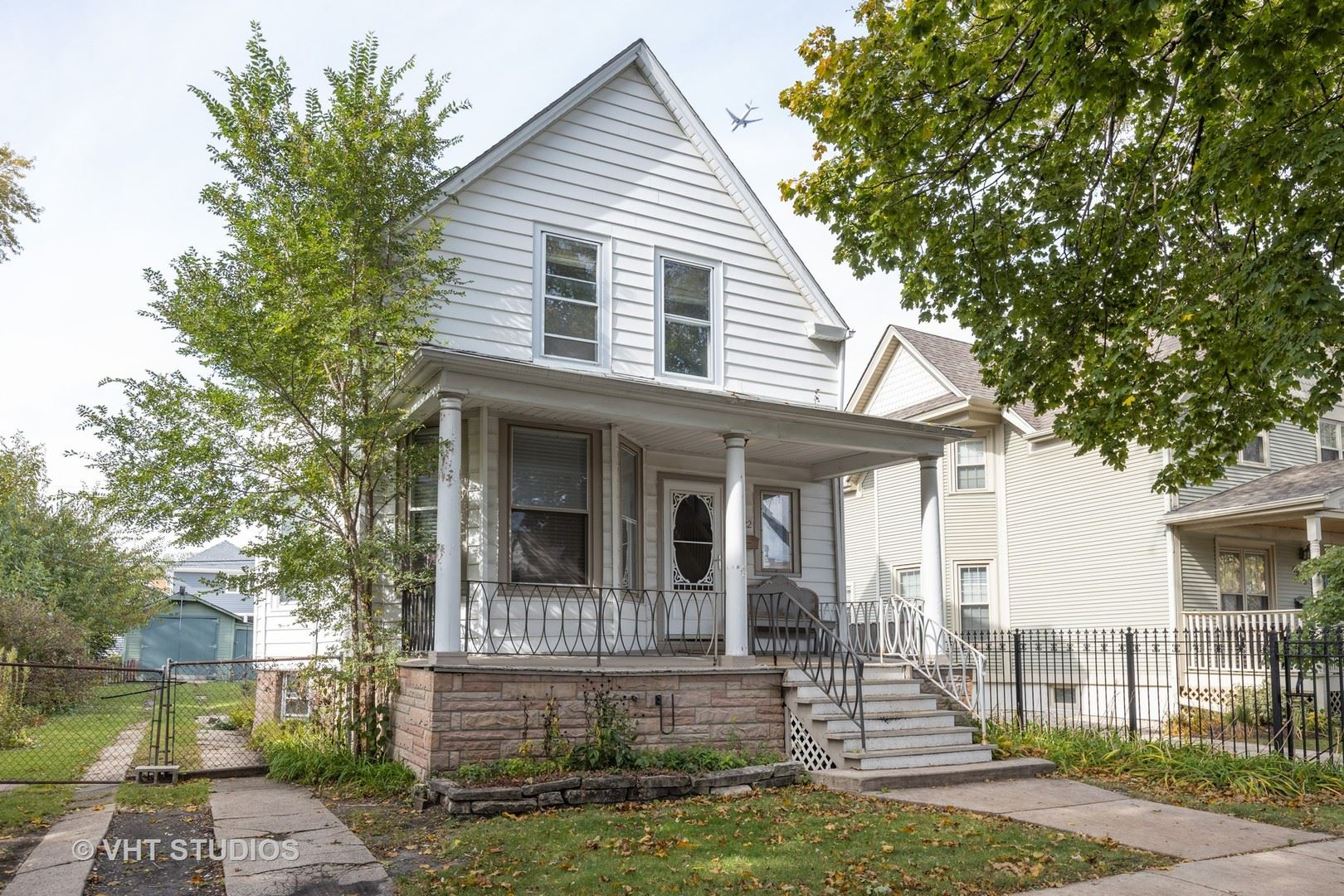 4322 N Lowell Avenue, Chicago, IL 60641 - #: 10677546