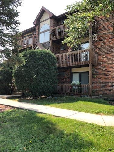 Photo of 419 Berkshire Drive #24, Crystal Lake, IL 60014 (MLS # 11177549)