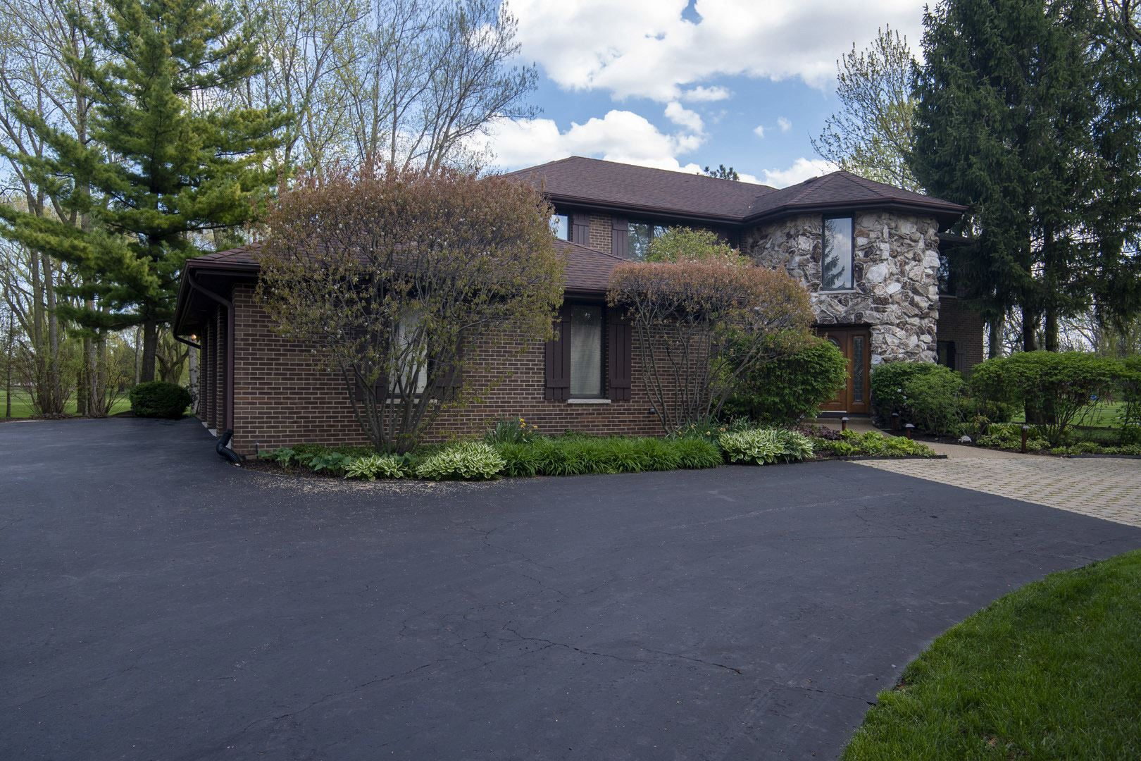 1051 Saunders Road, Riverwoods, IL 60015 - #: 11201550