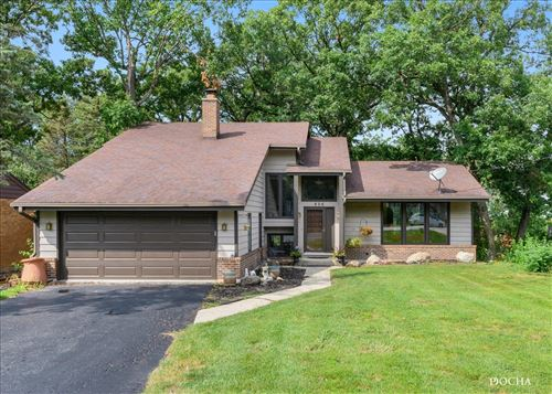 Photo of 806 Vinewood Avenue, Willow Springs, IL 60480 (MLS # 11253552)