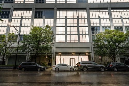 Photo of 2 W Delaware Place #1807, Chicago, IL 60610 (MLS # 11168553)