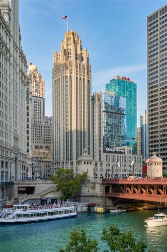 Photo of 435 N Michigan Avenue #2004, Chicago, IL 60611 (MLS # 11238553)