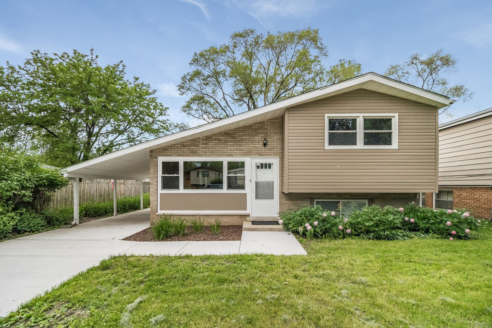 2217 Saint Francis Avenue, Joliet, IL 60436 - #: 10733553