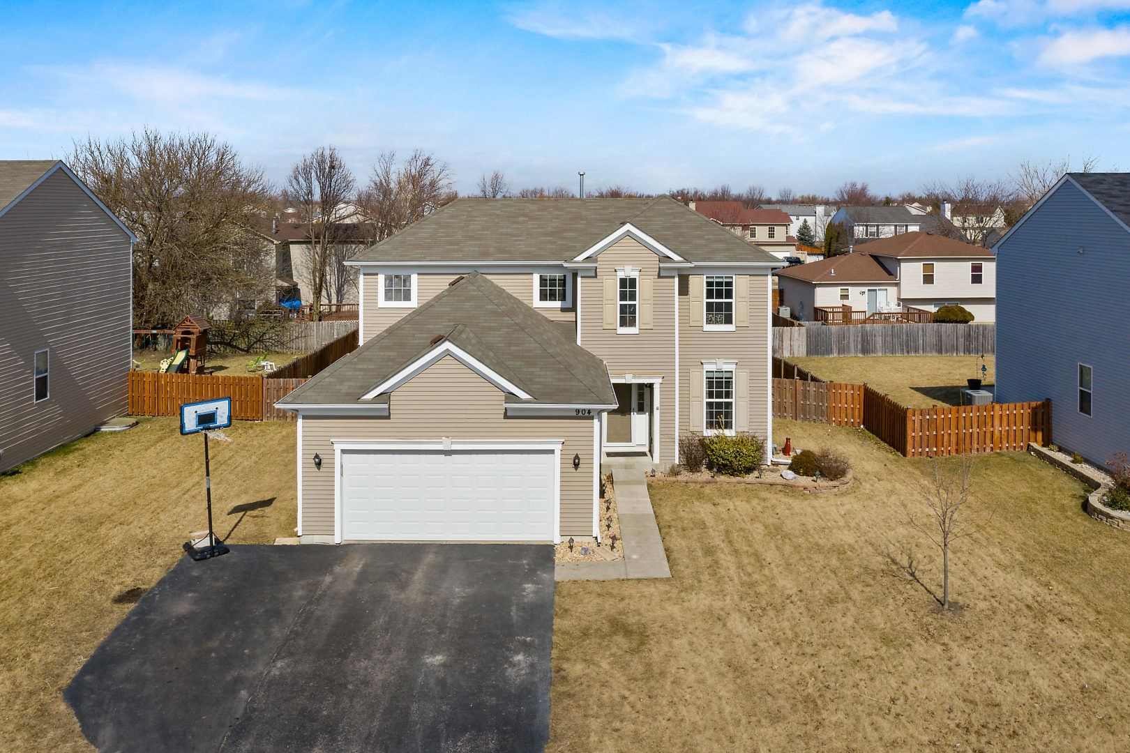 Photo of 904 Phelps Lane, Shorewood, IL 60404 (MLS # 10886553)