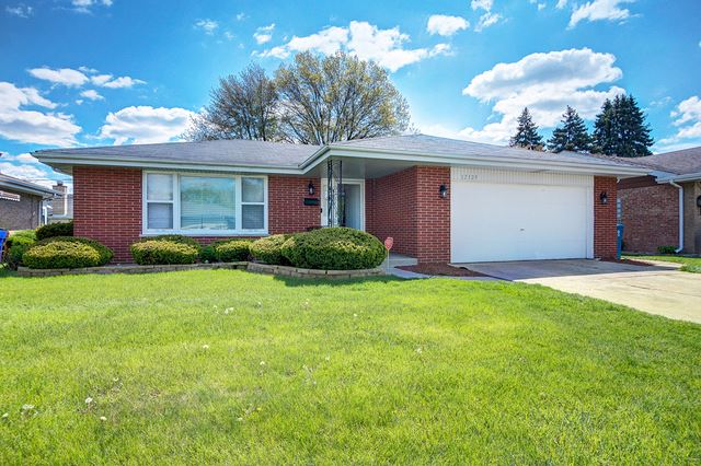 17129 Dobson Avenue, South Holland, IL 60473 - #: 10714555