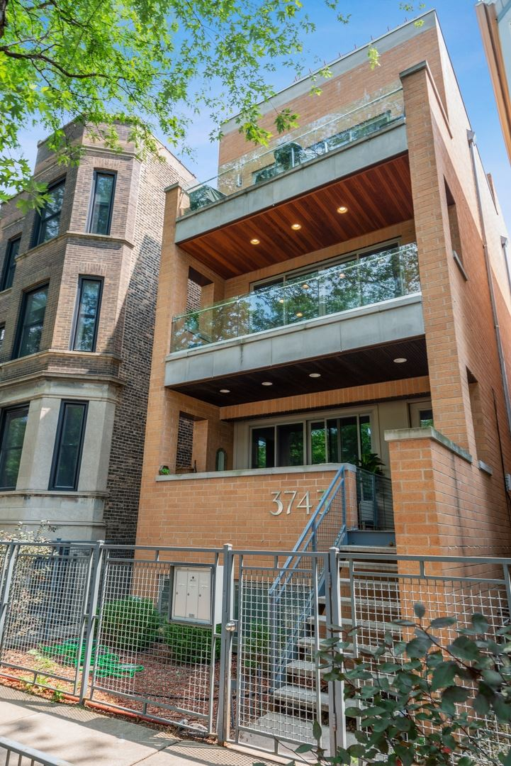 3743 N Kenmore Avenue #2, Chicago, IL 60613 - #: 11243556