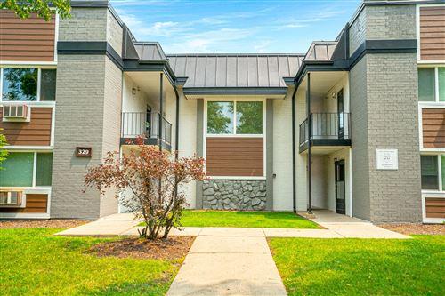 Photo of 315 W Kimbell Avenue #12, Elmhurst, IL 60126 (MLS # 11230557)