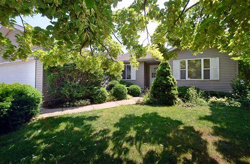 Photo of 2116 Fox Hill Lane, Ottawa, IL 61350 (MLS # 11126564)