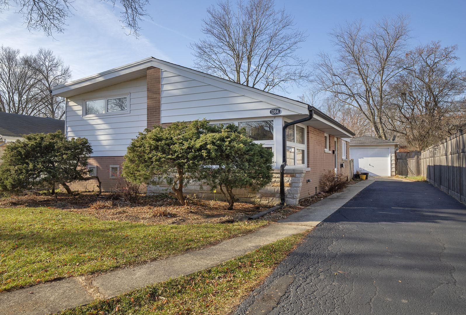 1364 Ferndale Avenue, Highland Park, IL 60035 - #: 10951564