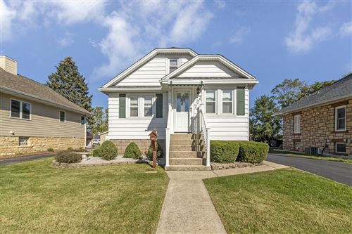 Photo of 302 Chaney Avenue, Crest Hill, IL 60403 (MLS # 11250567)
