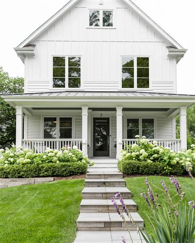 Photo of 2 S Quincy Street, Hinsdale, IL 60521 (MLS # 11173568)