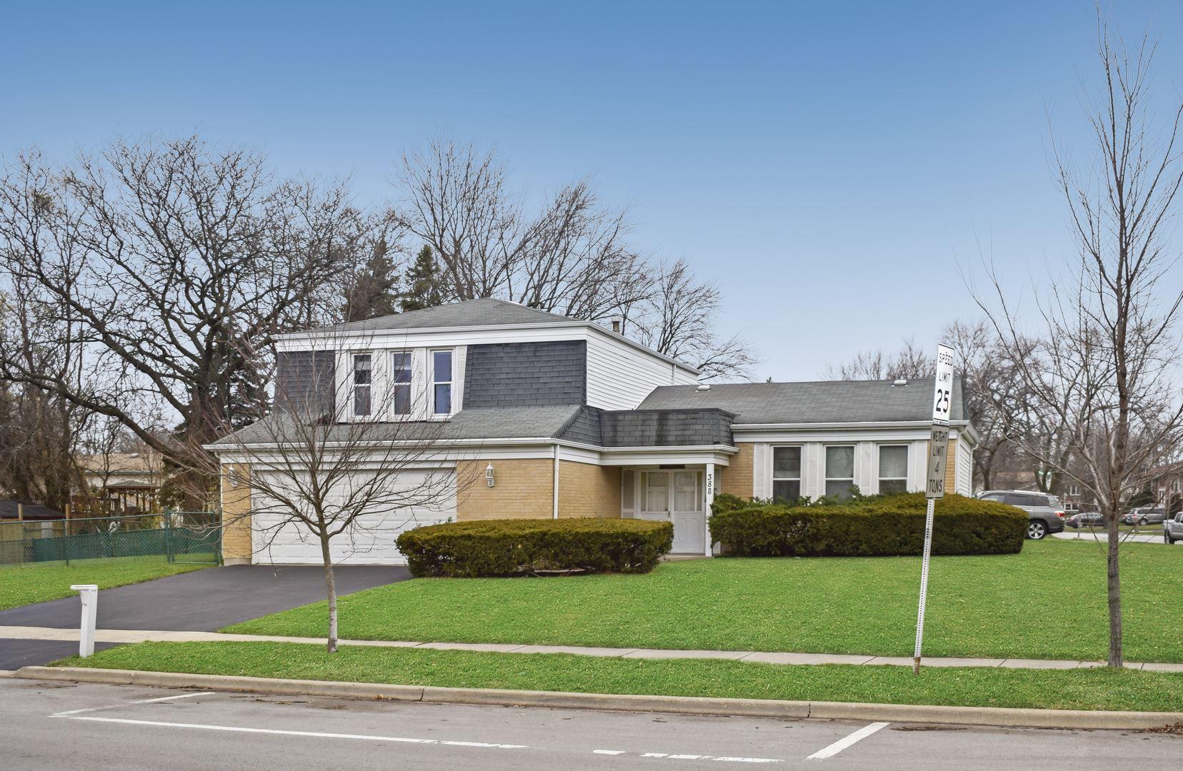 Photo of 388 N Pinecrest Road, Bolingbrook, IL 60440 (MLS # 10942568)