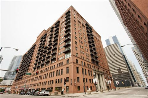 Photo of 165 North Canal Street #910, Chicago, IL 60606 (MLS # 10645572)