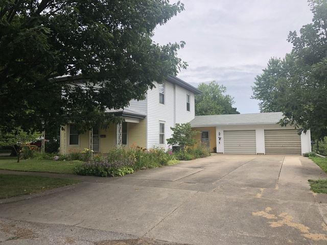 303 E High Street, Farmer City, IL 61842 - #: 10463576