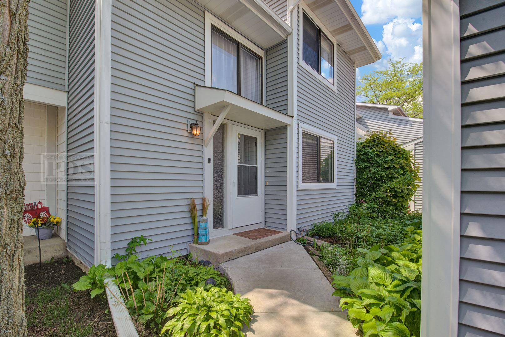 1060 Cumberland Court, Vernon Hills, IL 60061 - #: 10728578