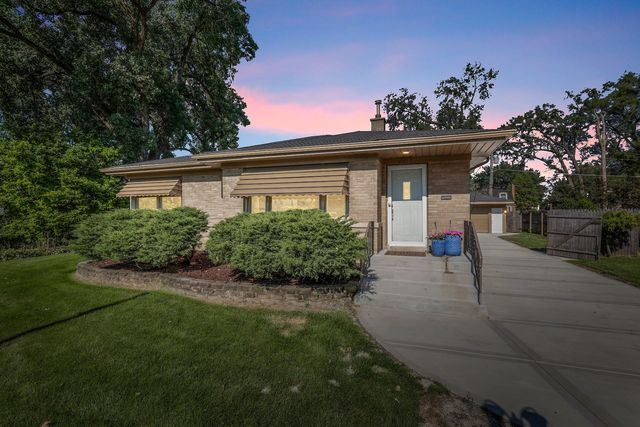 2217 Downing Avenue, Westchester, IL 60154 - #: 10529579