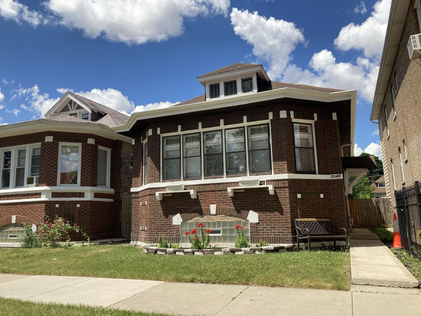 7140 S Campbell Avenue, Chicago, IL 60629 - #: 10740581